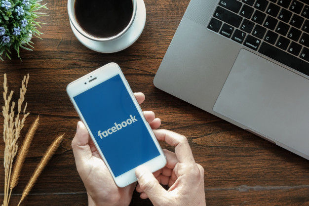 Học tiếng Anh online qua Facebook